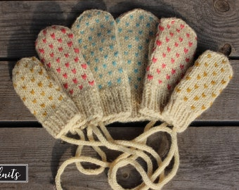 Kids organic merino wool mittens, Hand Knit mittens with love from Latvia!
