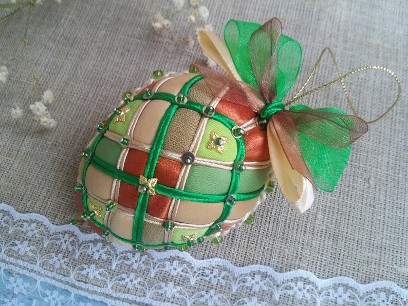 Hanging spring Easter decoration Easter eggs decor Rustic Easter eggs Easter hanging ornament Easter tree decorations Quilted ornaments