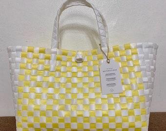 903bf7c9f190 Checkered fashion handbag