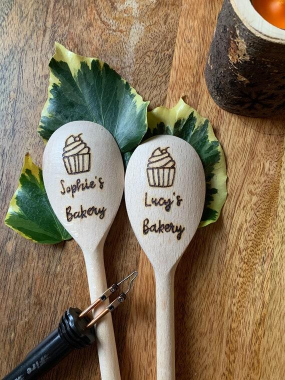 Personnalisé gravé cuillère en bois cuisine de mère mums jour cadeau nanna mum gran