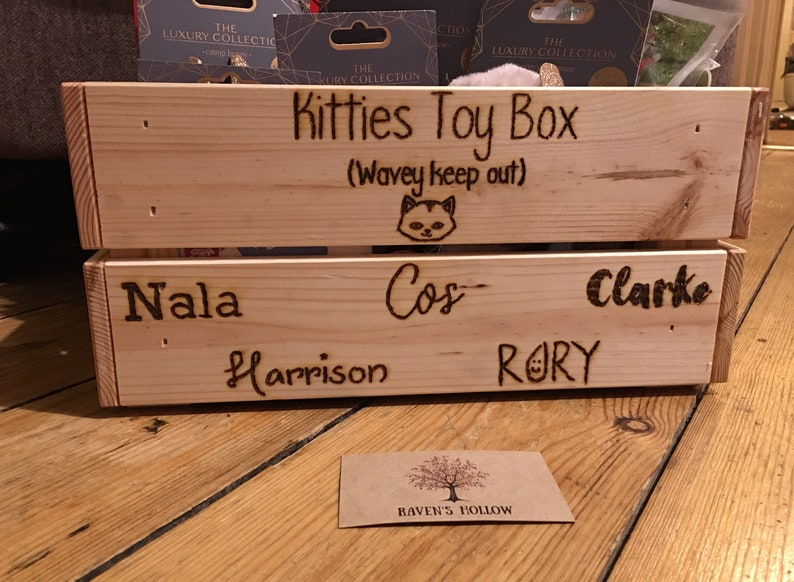 Natural Wood Pet Toy Storage Wooden Hand Burned Toy Crate Pyrography Children/'s Bedroom Toy Box