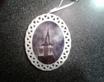 Empire Statue of Liberty - Porcelain ornament by noted Artist and Innkeeper, Tom F. Hermansader