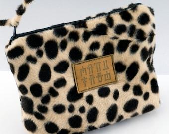 cd8b25b79230 Cheetah Fur Cosmetic Bag