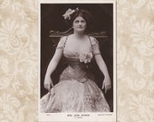 Actress Jean Aylwin with a wasp waist in a sparkling dress - Original vintage Edwardian postcard from the early 1900 39 s.