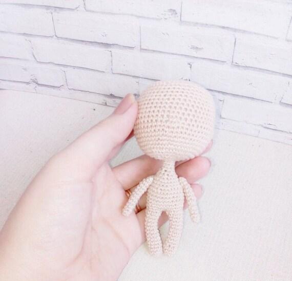 Little doll crochet / Miniature doll crochet /Part 1 / Legs and ... | 549x570