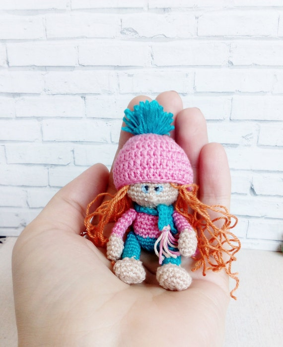 Tiny crochet doll with wardrobe. I had a tiny handmade doll ... | 699x570