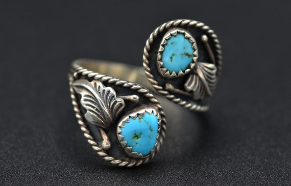 Old Pawn Signed Sterling Silver Ring with Turquois