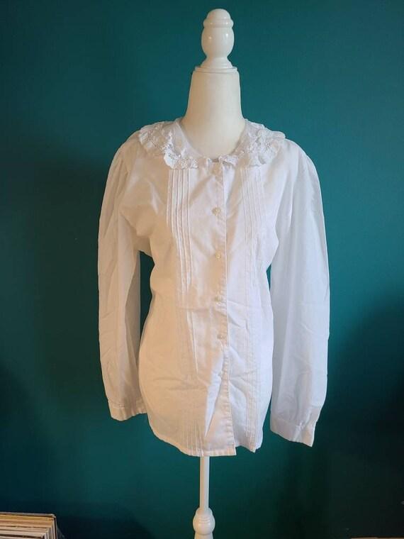 Vintage white blouse, romantic, cottage core, size