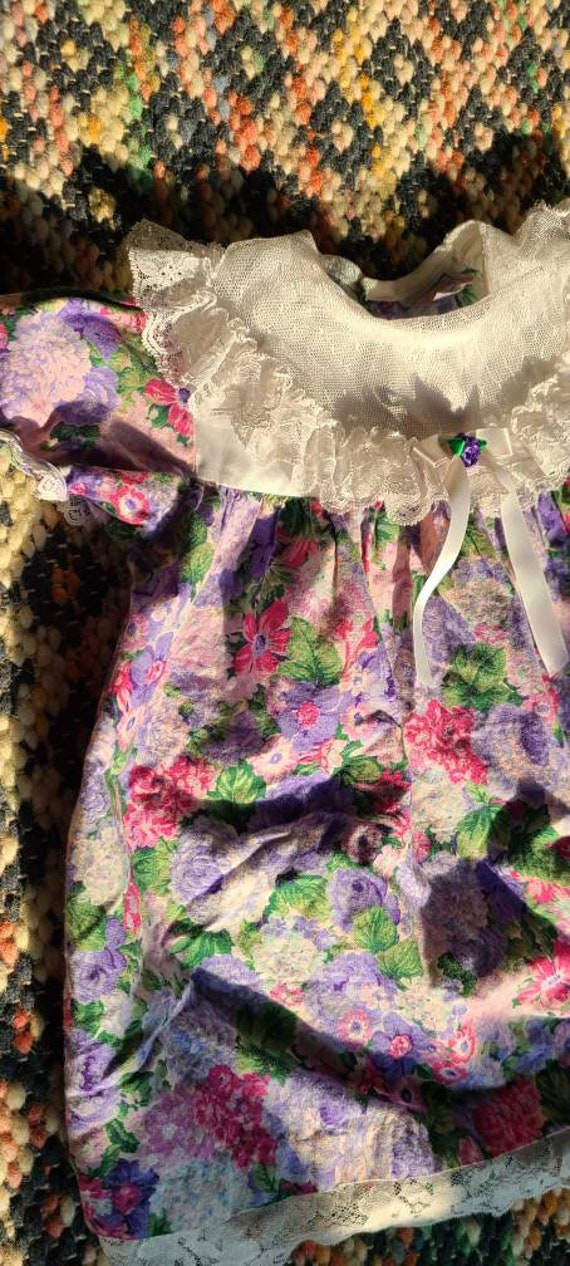 80s girls flowered puff sleeve dress, lace collar… - image 5