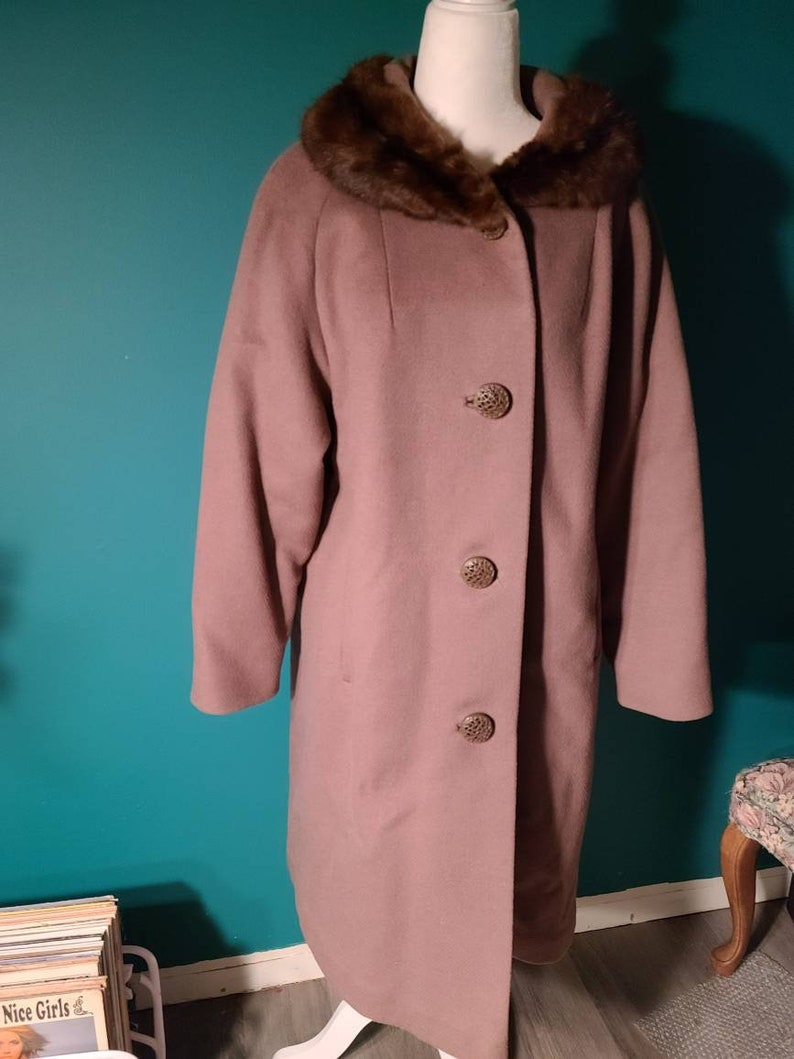 vintage 1960s coat Deadstock 1960s mink collar swing coat bakelite buttons, size medium vintage 1950s coat size large