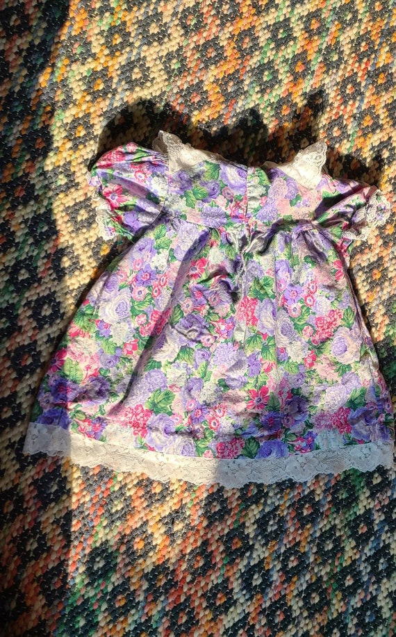 80s girls flowered puff sleeve dress, lace collar… - image 1