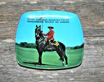 Vintage Canada Royal canadian mounted police nodder bobble Ceramic statue