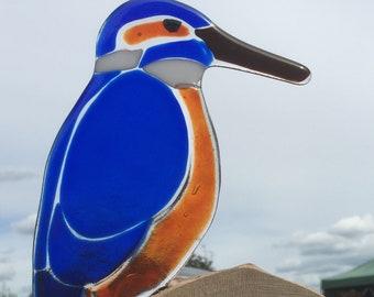 Fused glass Kingfisher on log