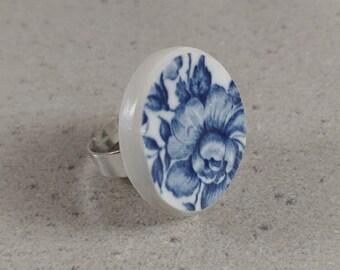Broken china ring, Broken plate jewelry, Chinese Porcelain, Ceramic ring, Engagement ring, Statement Ring, Adjustable Ring, Porcelain Ring