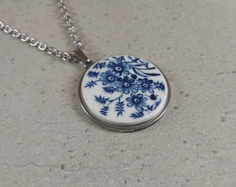 Broken China Necklace, Antique Chinese Jewelry, Broken Plate Jewelry, Broken China Pendant, Beach Pottery Jewelry, Broken Porcelain Necklace