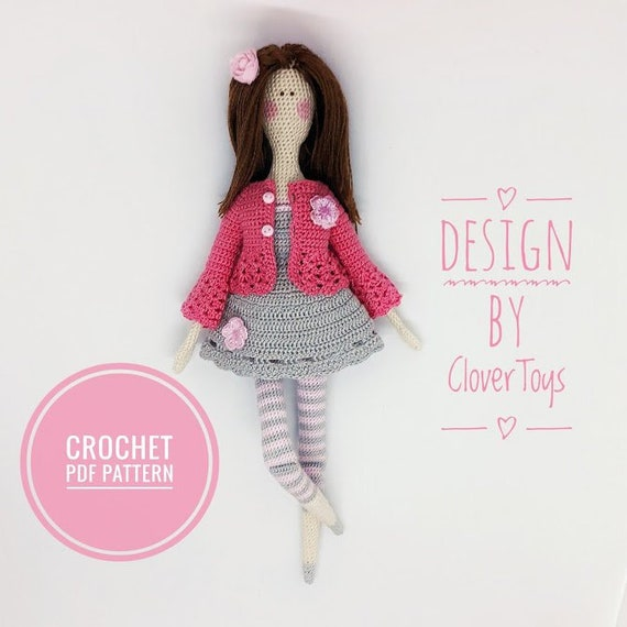 12+ Free Crochet Doll Clothes Patterns | FaveCrafts.com | 570x570
