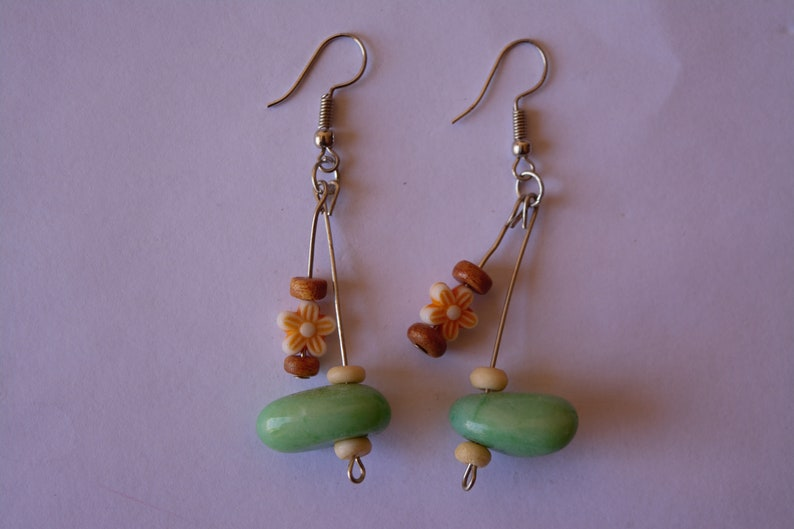 comes with a free shipping worldwide Unique handmade cute colorful stones earrings perfect for present