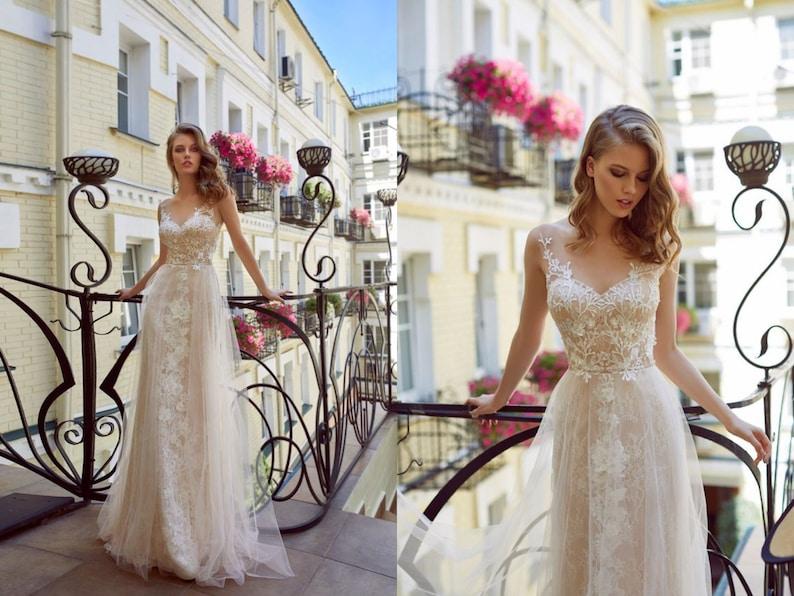 23a86c33a85 Delicate lace wedding dress floral bridal gown romantic