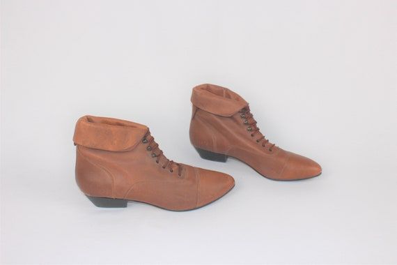 fold down lace up booties 80s pointy sienna leathe