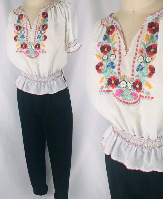 Hungarian folk blouse 50s boho floral embroidered