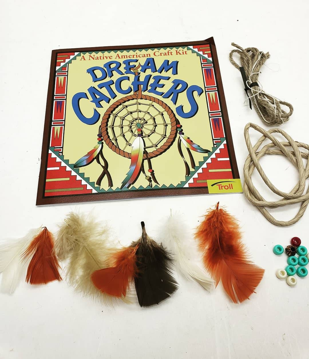 Vintage 1990s Kid/'s Native American Dreamcatcher Arts and Crafts Kit American Indian Make Your Own Dream Catcher Feathers Beads How to Book