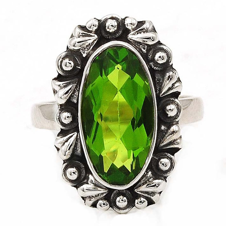 6CT Peridot 925 Solid Sterling Silver Ring Size 7 NWT