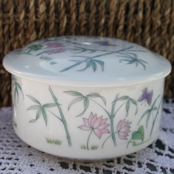 Vintage St Michael Japan Porcelain White Bamboo Lotus Floral Butterfly Pattern Small Round Lidded Engagement Ring Jewellery Trinket Box