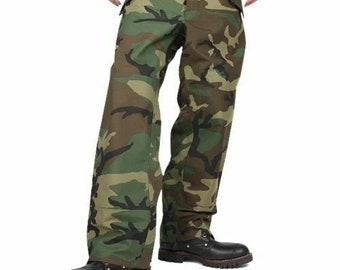 3a8d2bb7b7be2 Military BDU Woodland Gore-Tex Extreme Cold/Wet Weather Trousers Pants  Pre-Owned