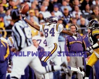Randy Moss Brilliant One Handed Catch VS Steelers Defense Photo 892b04e717e