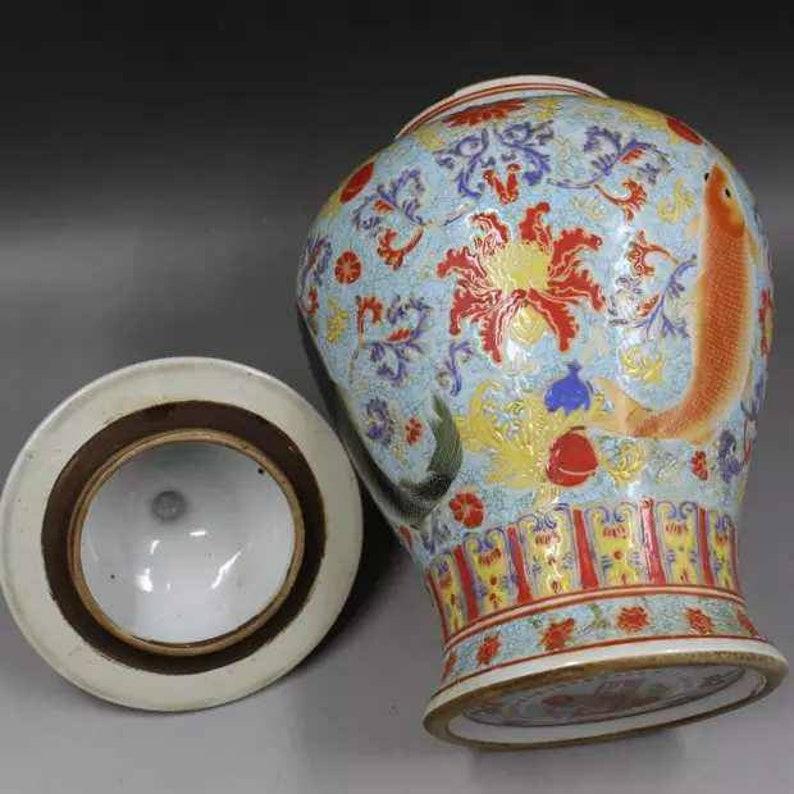 Antique of Chinese Qing Dynasty Qianlong Guan Ware Style Crackle Glaze Gold Enamel Famille Rose Fencai Porcelain Vase,China Royal ceramic