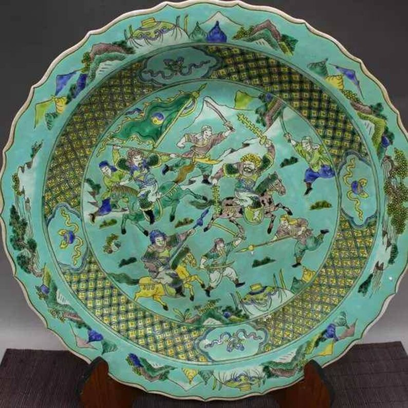 Chinese Antiaue Qing Dynasty Kangxi Guan Ware Style Famille Rose Fencai Porcelain Plate,China Vintage ceramic collection