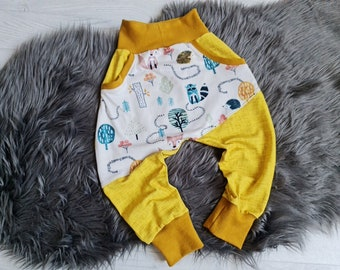 Growing pump pants | Size 86 | Motif: Forest animals yellow