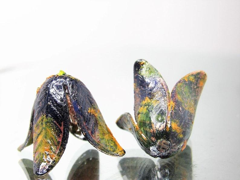 Artisan Bronzed Espresso Patina 4-Petal Brass Magnolia Flower Bead Caps