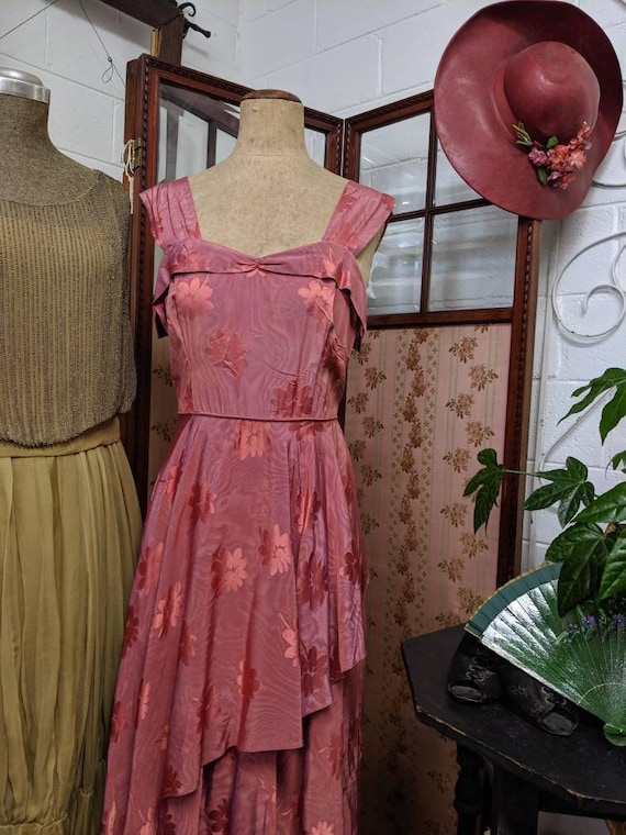 1940s Asymmetrical Evening Gown - image 3
