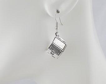 Geek Mens Stud Earrings Sci-Fi Hi Tech Futuristic Jewelry Tiny Circuit Board Computer Earrings