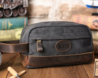 62e39a3ddcc Gift for Men, Toiletry Bag in Vintage Black Wash - Personalized Canvas and  Genuine Leather Dopp Kit, Groomsmen Gift, Usher, Shave Bag