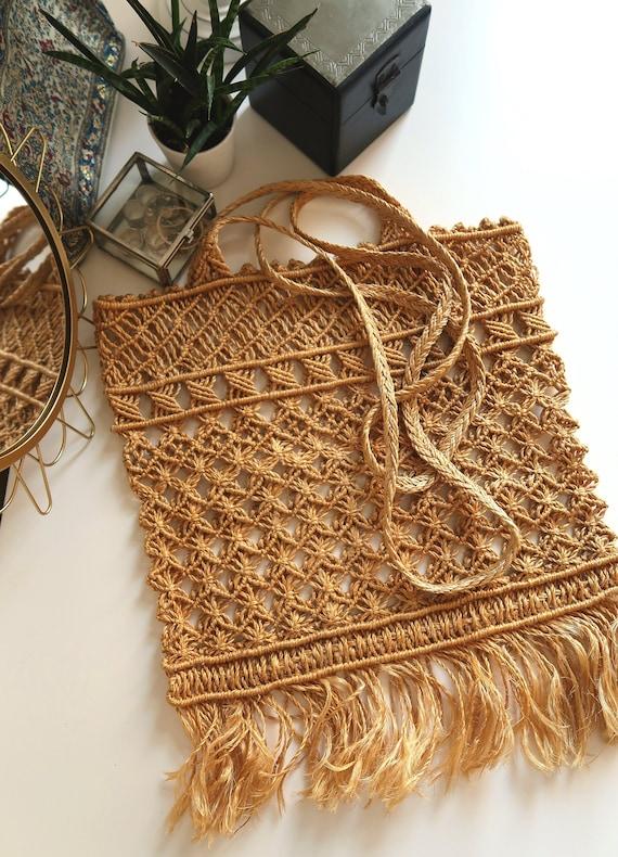 vintage straw macrame beach fringed summer bag/ 70