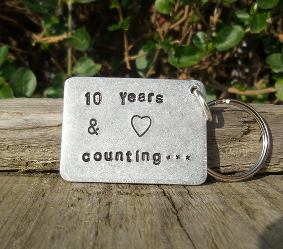 Gifts For Wedding Anniversaries For Each Year: 10 YEARS & COUNTING 10th Wedding Anniversary Gifts For Men