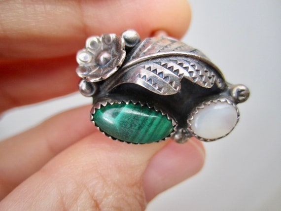 Vintage Silver and Malachite Ring - image 2
