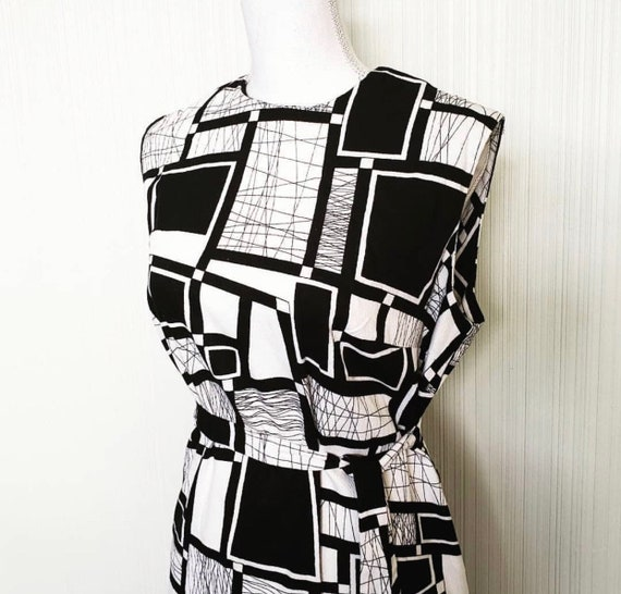 Vintage 1960s Barkcloth Mod Dress Black White - image 2