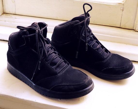 Nike air Jordan black suede vintage