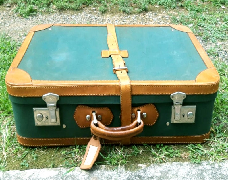 set of 2 vintage suitcases 1940/'s  retro 1940/'s suitcases