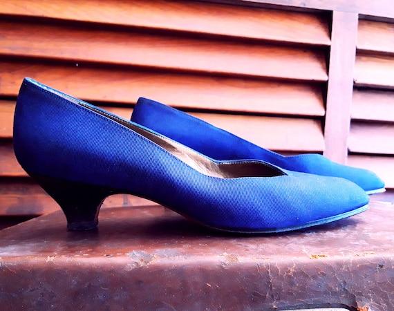 Yves Saint Laurent vintage blue pumps, YSL vintage
