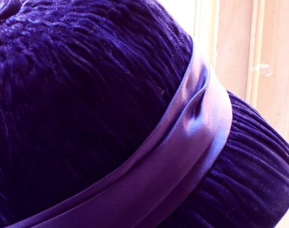 40's vintage, original  blue/purple velvet and sa… - image 3