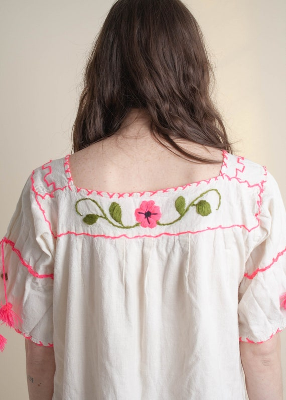 1970's Oaxaca Embroidered Short Sleeve Dress - image 8