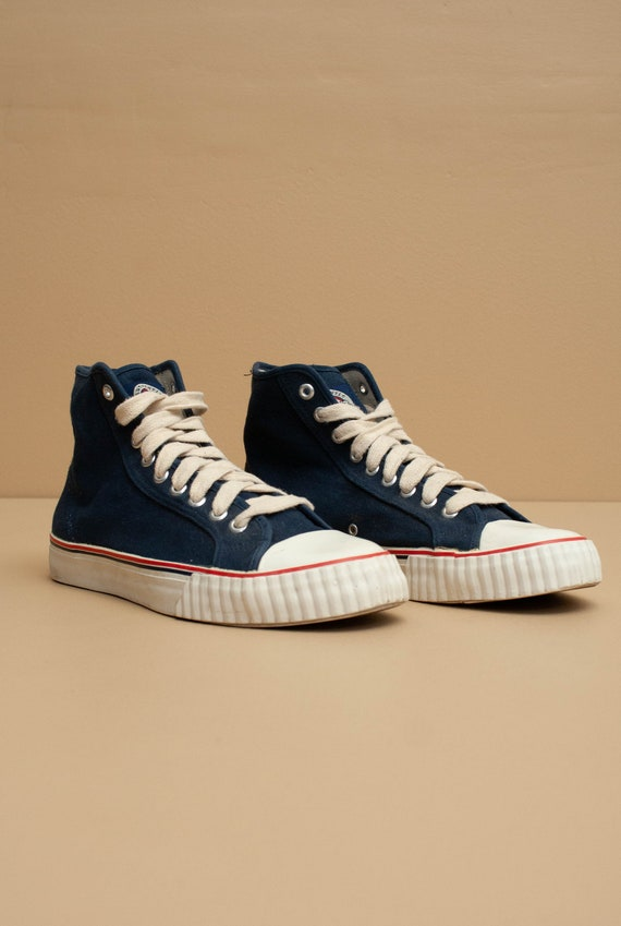 1990's The Gap Canvas High Top Shoes