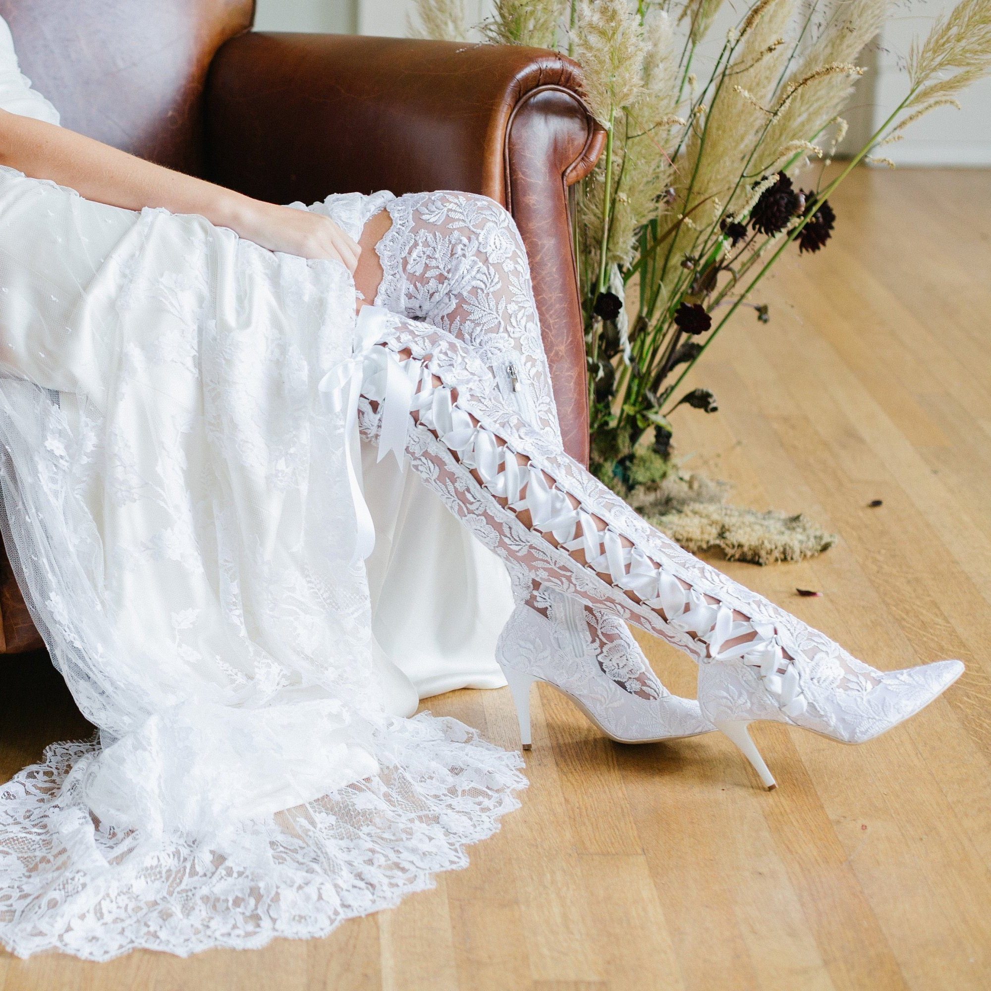 Blanco Lace Over Over Over The Knee Wedding  botas  - Pointed Toe Lace Bridal  botas  - Mid High Heel Vintage  botas  - House of Elliot Goodnight Sweetheart 428ae4