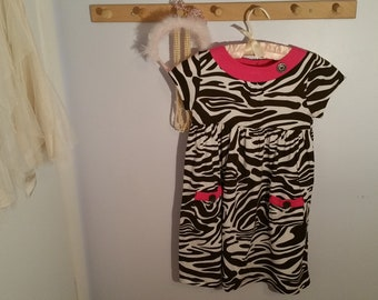 e2becc7ddd69 Vintage Zebra Print Cotton Short Sleeve Girls Dress, Size 6X, Carters,  animal print, brown white, pink trim, two pockets, casual, school