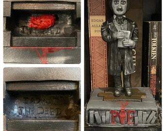 Edgar Allan Poe Toy diorama