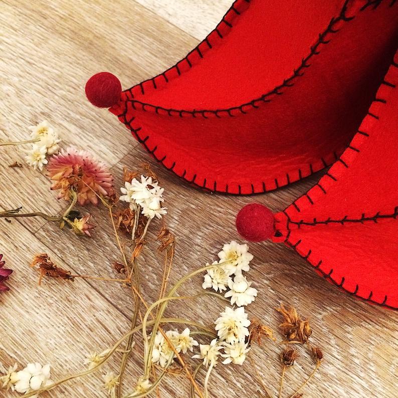 Dwarf shoes. Fairy Clogs Kids shoes Red elf clogs Elf junior shoe Christmas Show Children/'s shoes Elf youth shoe Elf Elf clogs